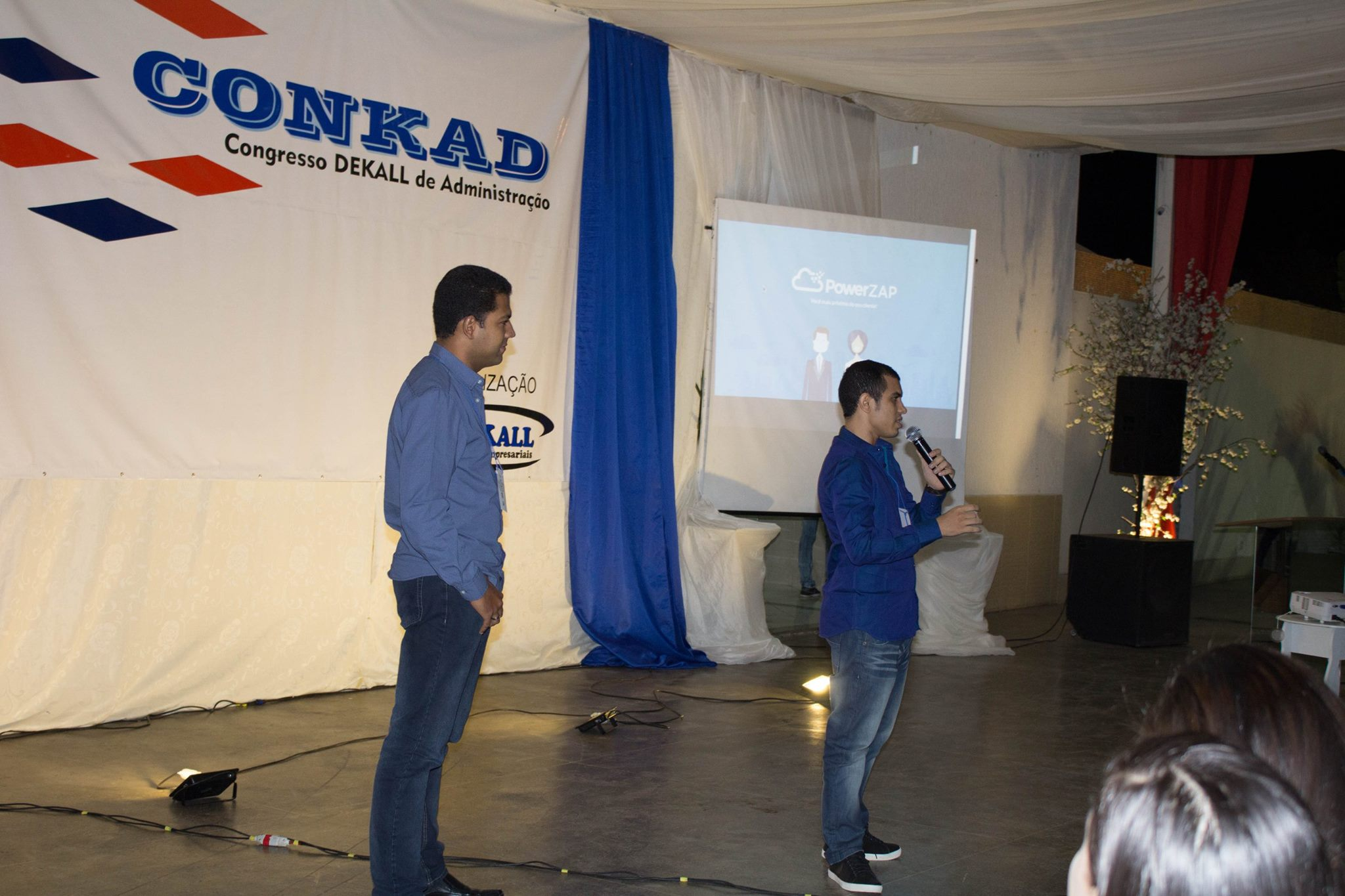 Huggy participa do Conkad:  Congresso regional de administração.