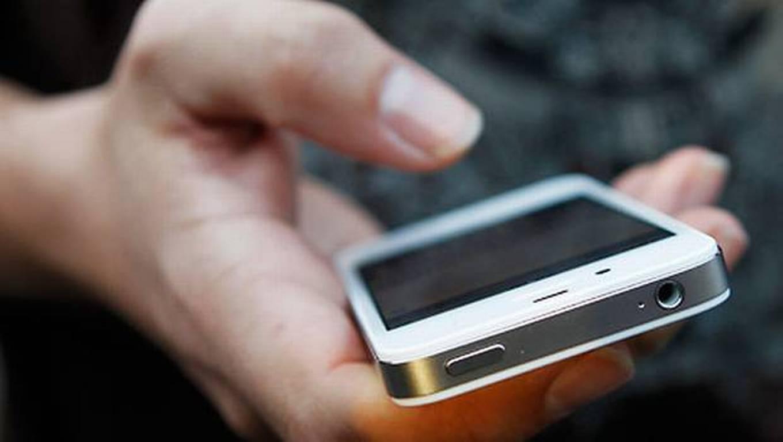 Celular vira o principal meio de acesso à internet no Brasil